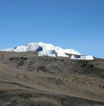 Kilimanjaro 5895m mit Mt. Meru
